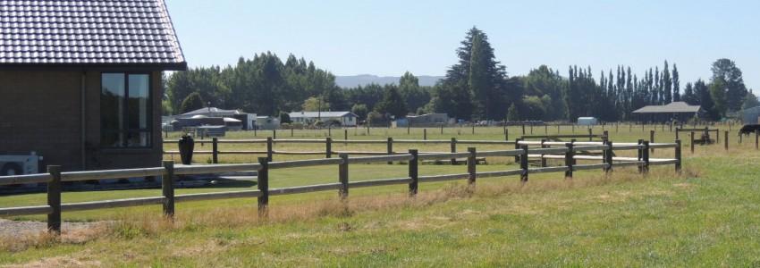 2 rail post fencing